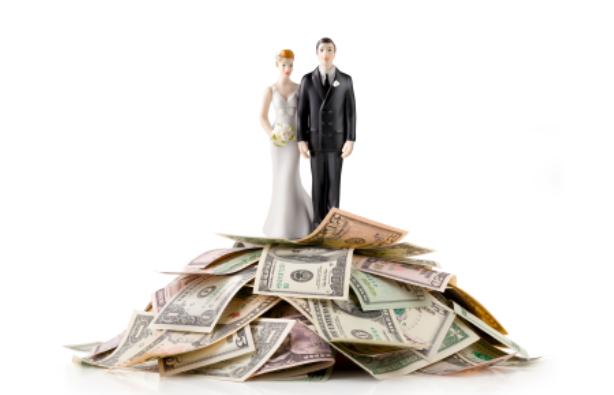 福山結婚でアミューズ株価が下落