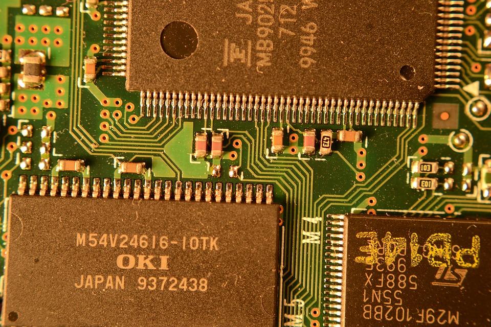 computer-1886313_960_720