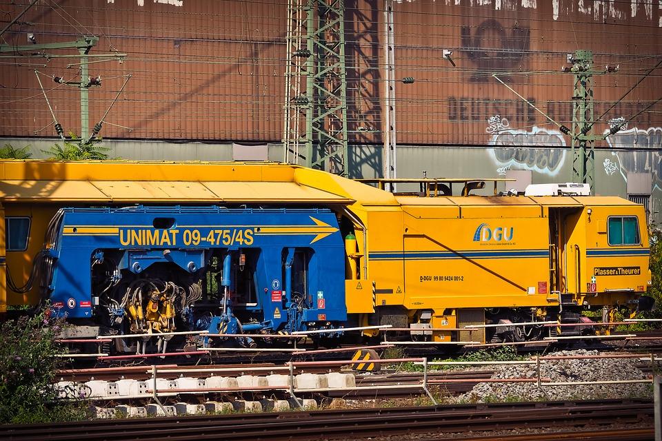 train-1707143_960_720